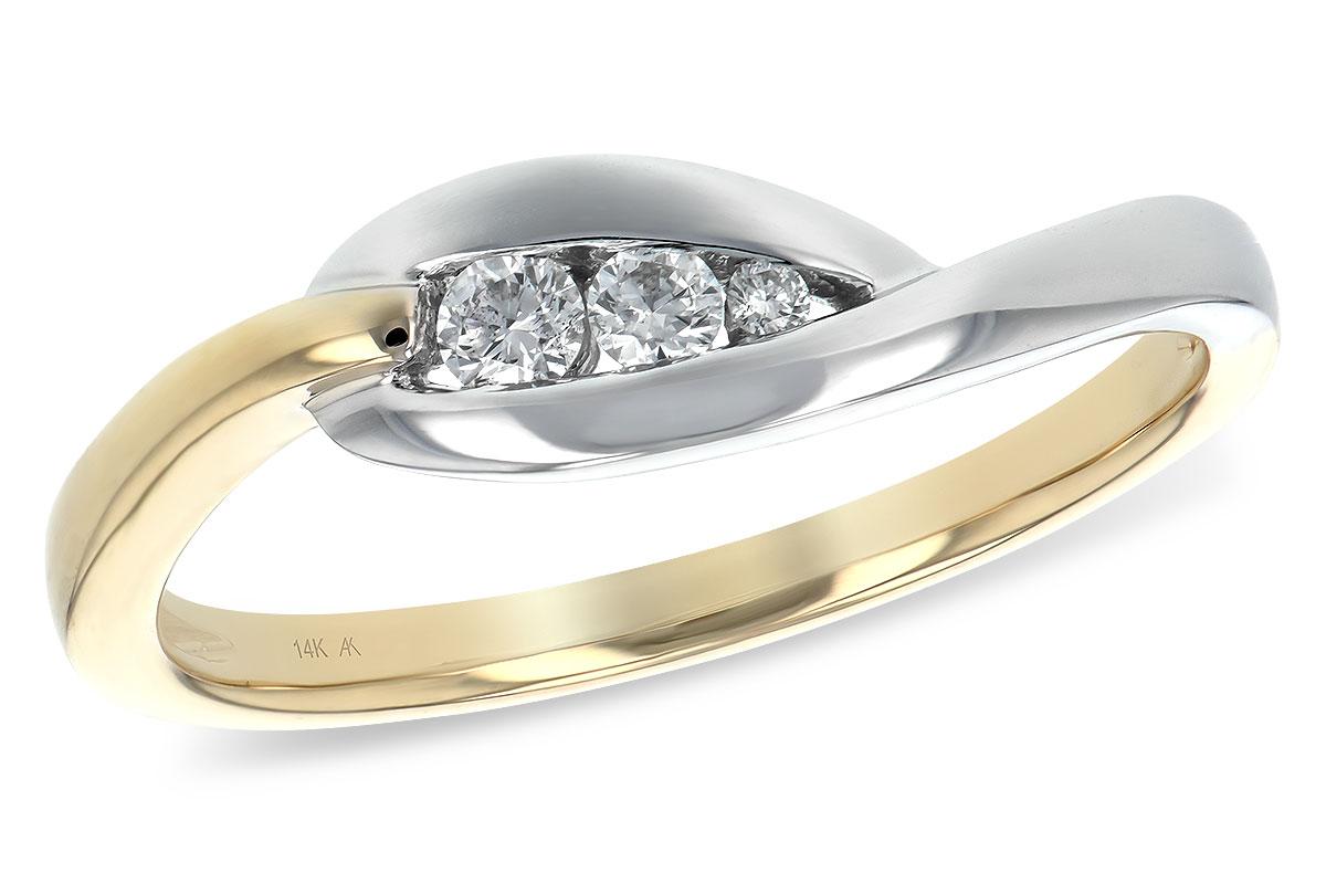 Hood River Jewelers Three Stone Love Knot Diamond Ring Special
